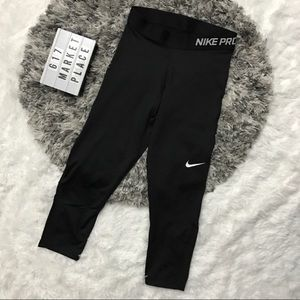 Nike Pro Dri-Fit Training Capri Tight Legging XS
